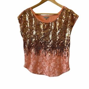 CHARLOTTE RUSSE Coral Sequin Lace Light Tee Shirt
